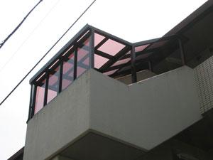 階段屋根施工後