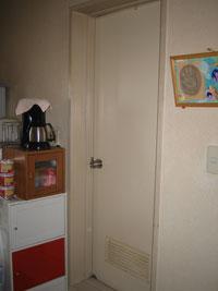 OO様邸浴室ドア交換リフォーム前