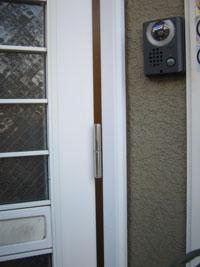 SG様邸玄関ドアカバー工法リフォーム前2