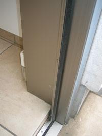 ZZ様邸玄関ドアカバー工法リフォーム後3