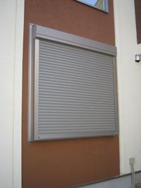 MD様邸窓シャッター設置後3