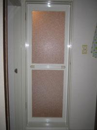 KT様邸浴室ドア交換後1