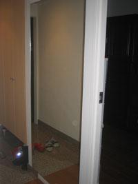 TG様邸玄関ルームミラー鏡設置後