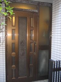 WN様邸玄関ドアカバー工法リフォーム前1