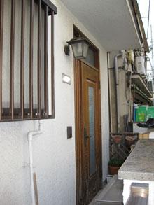 Kt様邸玄関ドアカバー工法リフォーム前2