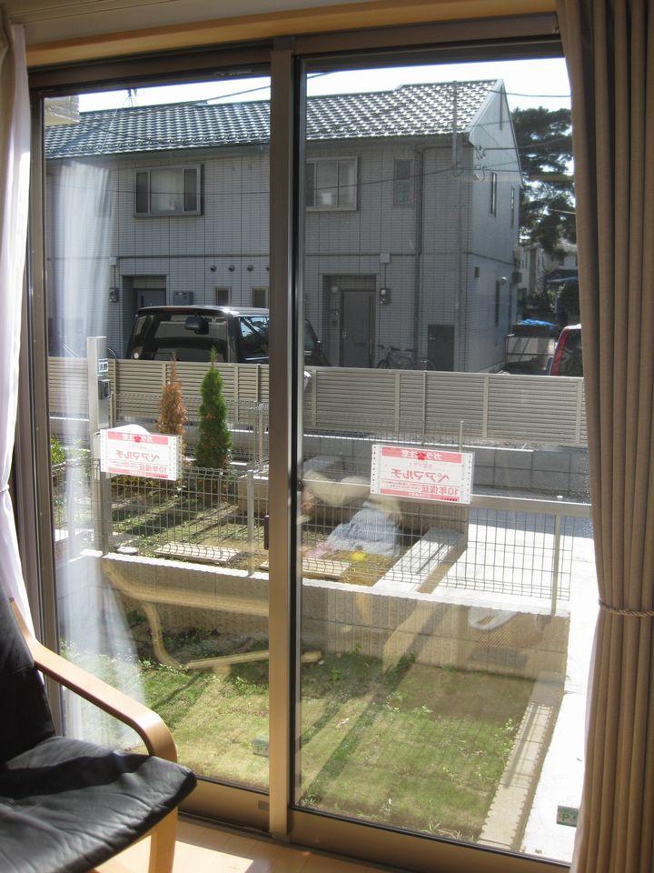 杉並区YT邸防犯セキュオペア施工後の掃き出し窓